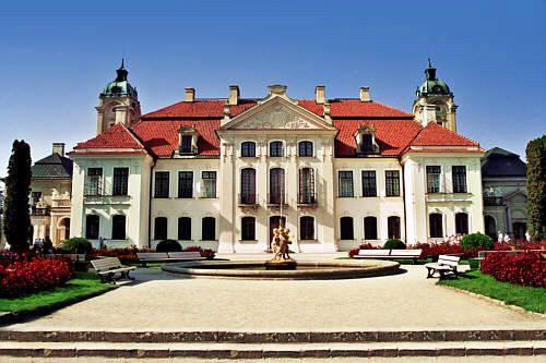 Pałac Zamojskich w Kozłówce .  | < 200° pl https://de.pinterest.com/stanislaw0558/zamki/