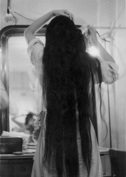 Danseuse de l'Opéra de Pékin dans sa loge, Gotthard Schuh, Zurich, 1955