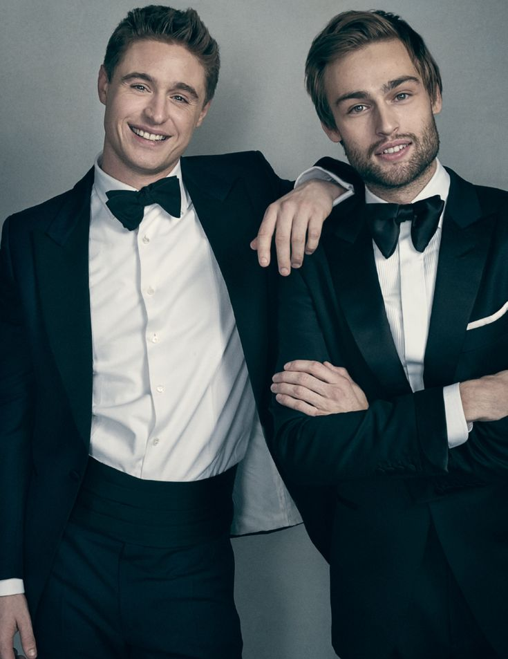 My 2 favorite British loves. Max Irons & Douglas Booth.