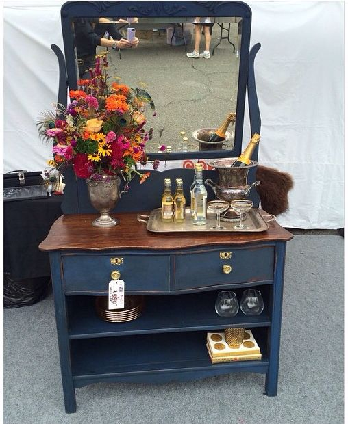Lara Spencer's Flea Market Flip