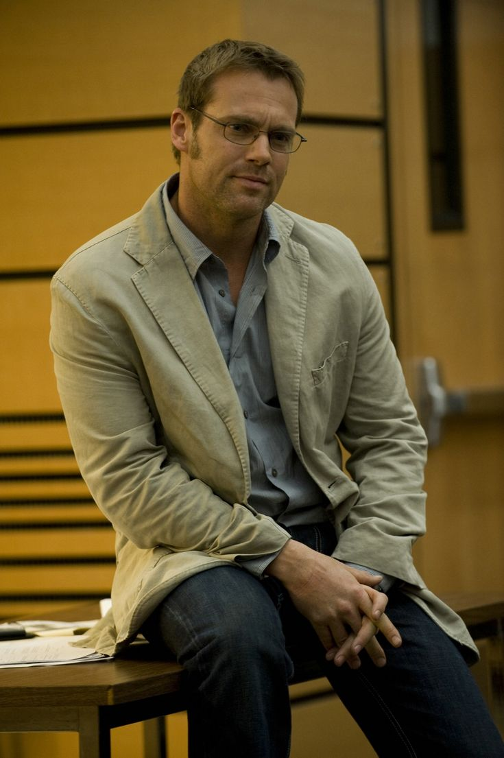 "Michael Shanks in Stargate Universe Season 1, Episode 15 - ""Human""_002.jpg (965×1450)"