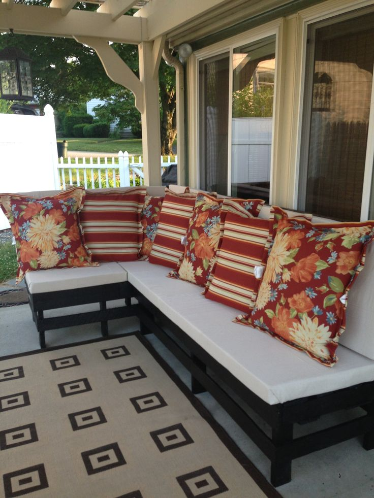 Outdoor Sectional DoItTogether Project: Made From Pallets, Black Exterior  Paint, Foam Cushions Covered