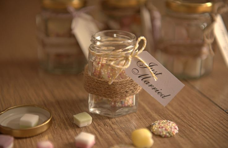 How to Make Wedding Favour Jars #Wedding #WeddingFavour