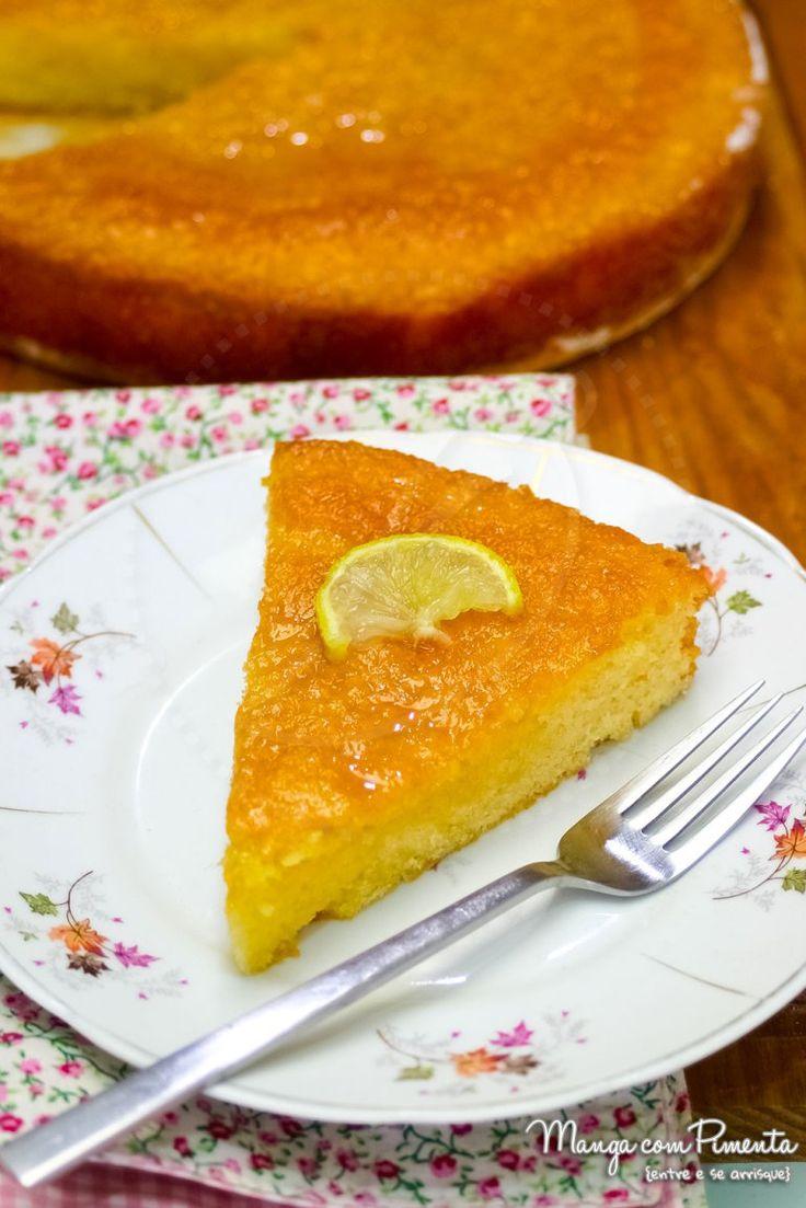 Passo a Passo da Receita do Melhor Bolo de Limão. Para ver a receita clique na imagem para ir ao Manga com Pimenta.