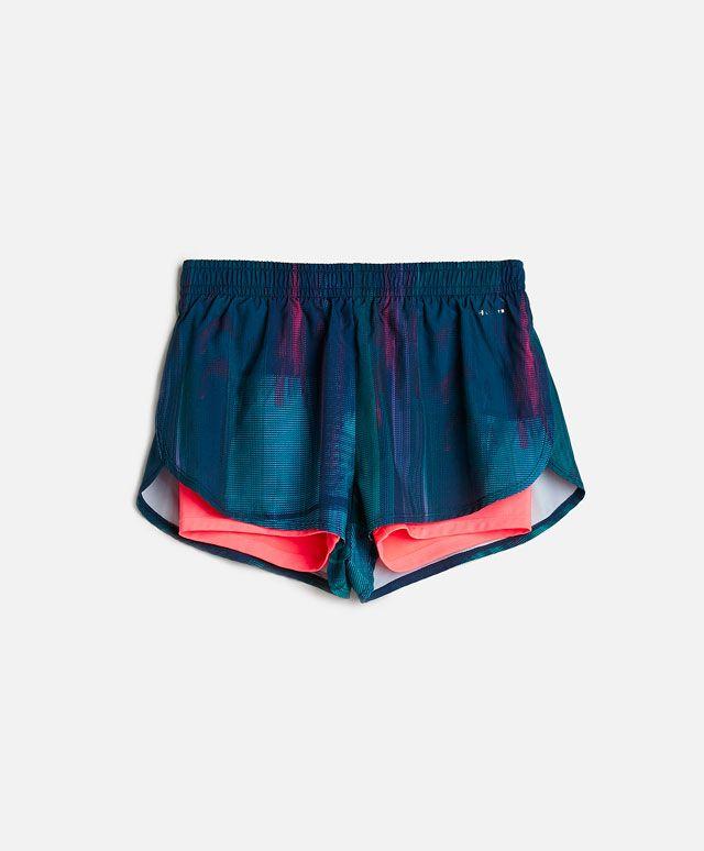 Shorts mit Radlerhose im Inneren - Fitness Time.