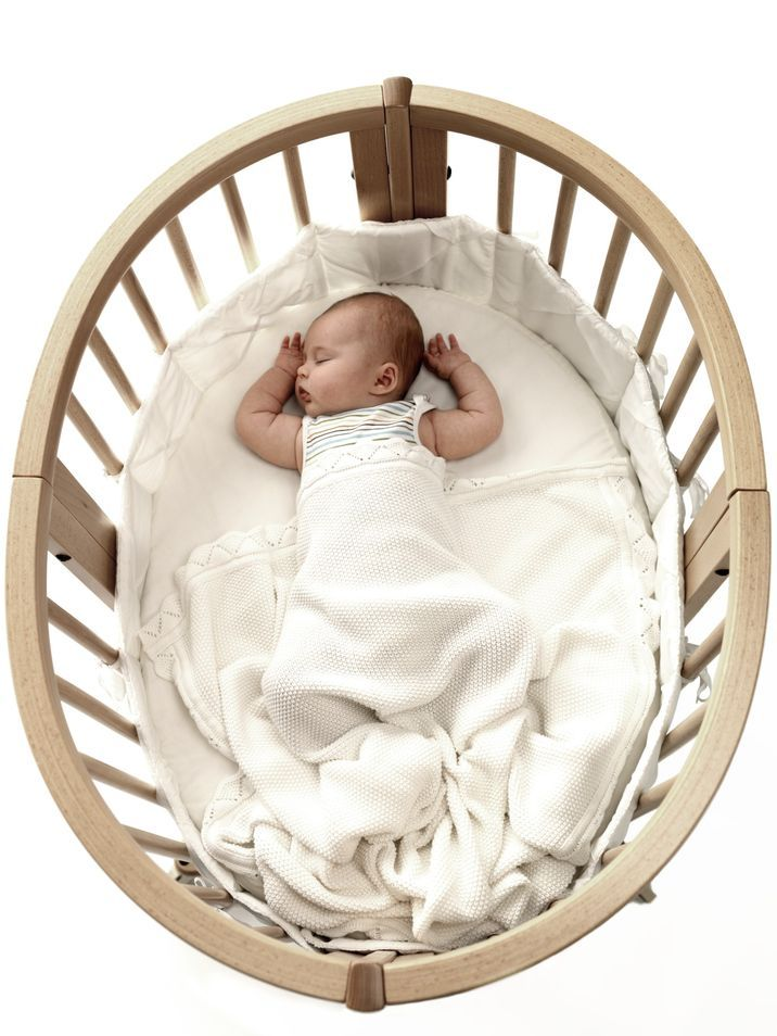Stokke® Sleepi™ Mini Crib – The perfect first bed for Baby!