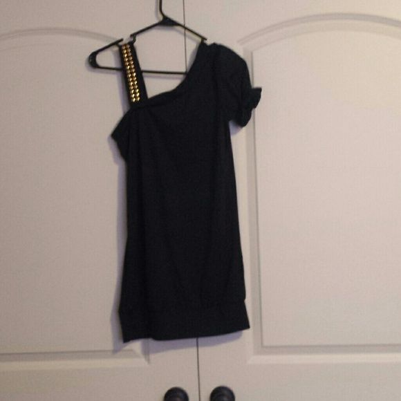 Black night out dress One sleeve, one gold rhinestone strap dress. Never worn. Can't find definite size anywhere, but would say its a medium/6 (tag says 6, but the rest is foreign) r.j. story Dresses