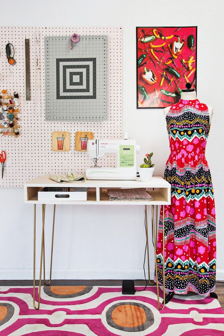 Super easy sewing desk DIY