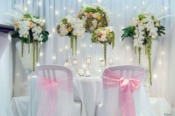 Nous mettons notre talent et savoir faire à votre service! Venez les voir en vrai, au salon de Pontoise ce week-end! #instagood #love #like #wedding # mariage