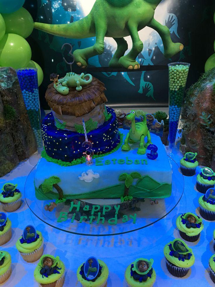 Good Dinosaur Cake Decorations : The good dinosaur cake Party ideas Pinterest ...