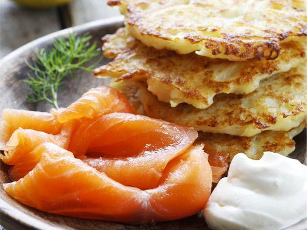 Boxty pancakes, smoked salmon... ohhhhhh what a good idea. Irish ...
