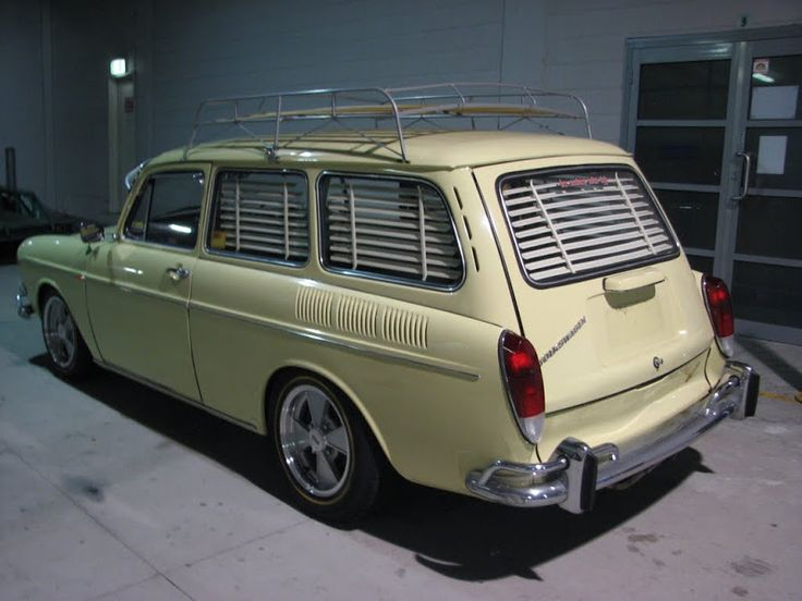 VW Type 3 Squareback with blinds.... LOL