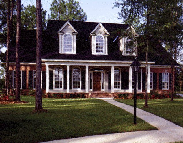 Best 25 southern cottage homes ideas on pinterest for Southern cottage home plans