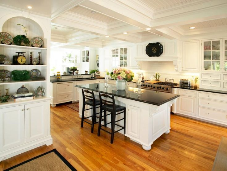 From rich wood textures to ornate accents, these timeless, European details are ideal in Mediterranean kitchens.