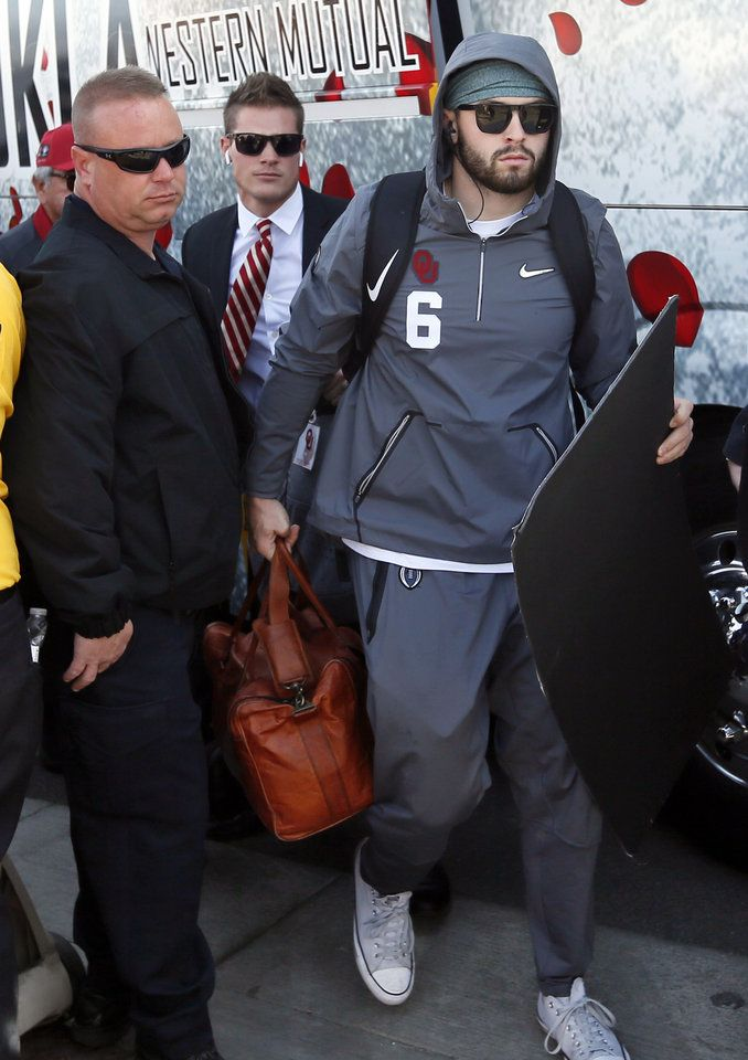 Oklahoma quarterback Baker Mayfield (6) arrives at the stadium for the Rose Bowl Game, a College Football Playoff Semifinal, between the Oklahoma Sooners (OU) and Georgia Bulldogs (UGA) at the Rose Bowl in Pasadena, California, Monday, Jan. 1, 2018. Photo by Nate Billings, The Oklahoman