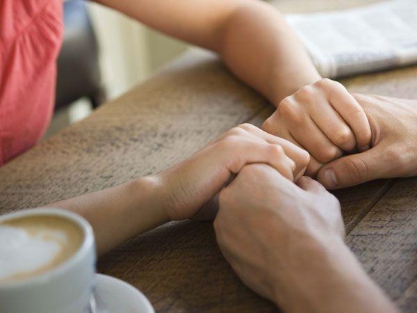 6 Tips Agar Kamu Tidak Takut Untuk Menjalin Hubungan Jarak Jauh Dengan Pasangan! | Pinterest | Tegg Sabrina | #berita #news #informasi #portalberita #malesnulis