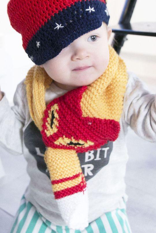 'Kettukarkki scarf' made with Novita 7 Brothers yarn #novitaknits #knitting #knit https://www.novitaknits.com/en