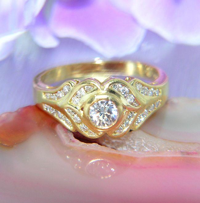 Traumhafter neuw. Verlobungsring Brillantring Ehering 750 GOLD / 18 kt