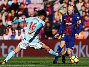 O médio internacional espanhol Andrés Iniesta é baixa para o jogo de terça-feira entre o FC Barcelona e Sporting, da sexta e última jornada da Liga dos Campeões em futebol, comunicou este domingo o clube catalão. http://sicnoticias.sapo.pt/desporto/2017-12-03-Andres-Iniesta-falha-jogo-do-FC-Barcelona-com-o-Sporting