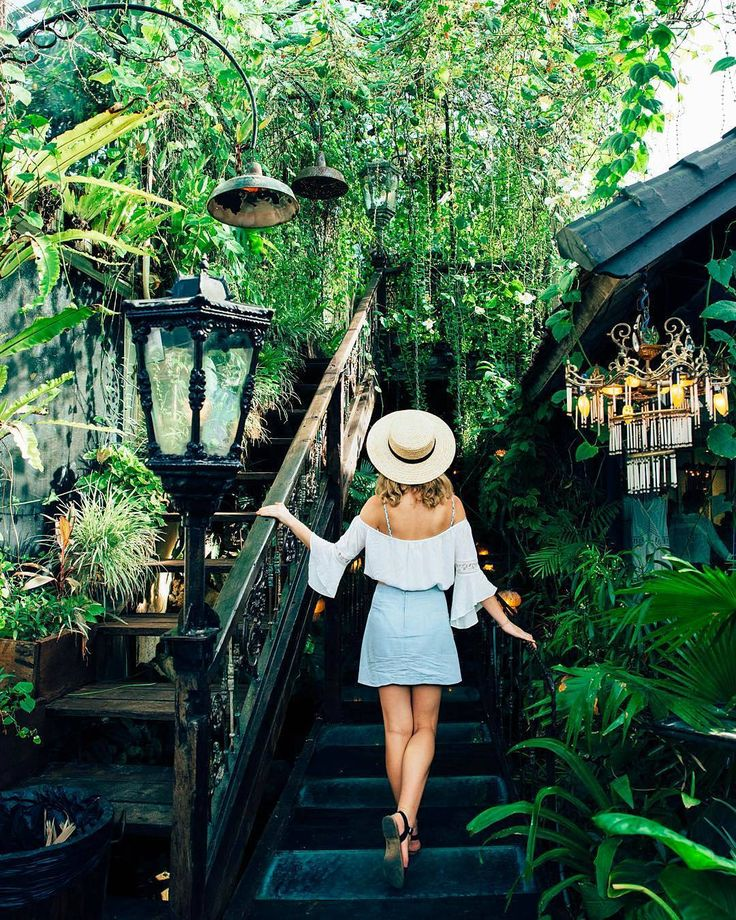 """Explore Bali With Bali Daily on Instagram: """"Discovering magical secret gardens ••••••••••••••••••••••••••••••••••••••••••••••••••••••• An amazing photo regram from : @polkadotpassport """"La Favela, Seminyak, Bali"""" Let's sharing your amazing moment with #balidaily✌️ •••••••••••••••••••••••••••••••••••••••••••••••••••••••"""