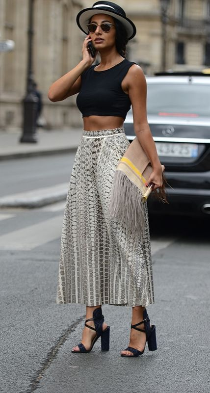 Street Style // Maxi skirt with black crop top.