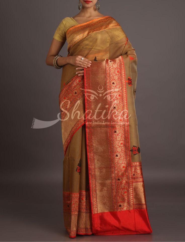 Aarushi Ornate Broad Border Contrast Diaphanous Banarasi Organza Silk Saree