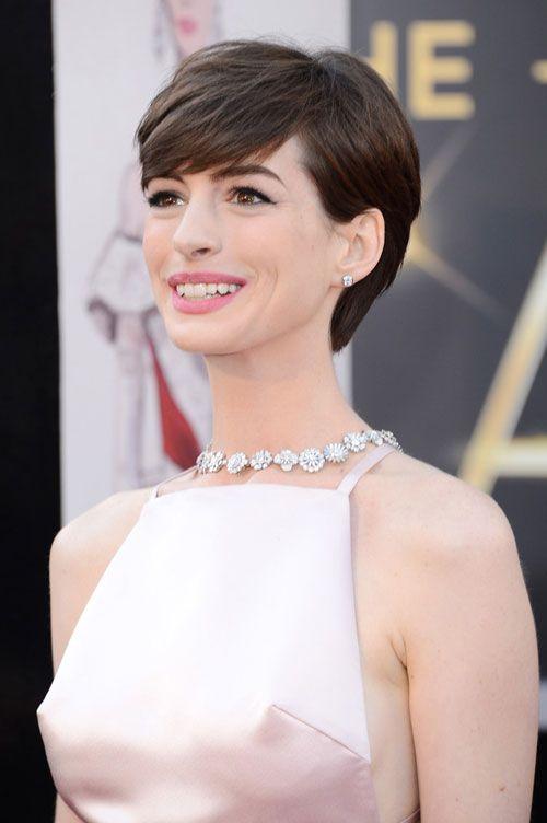 Anne Hathaway - Love her hair here.