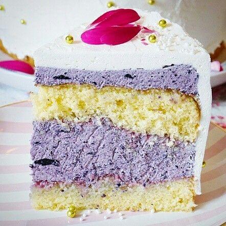 Brombeermousse-Torte