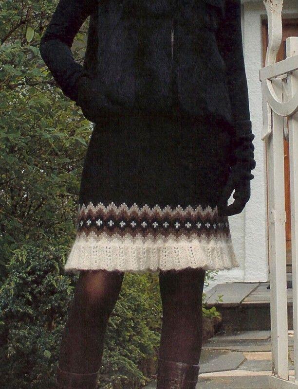 Pifa- kjol i Lett-lopi, mönster hos Sticka