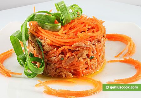 Salad with Tuna and Carrot