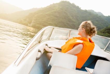 Frugal summer boating tips (via aracontent.com)