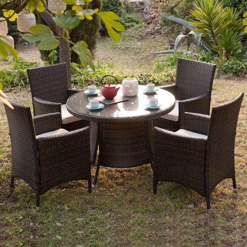 25 best ideas about table ronde jardin on pinterest for Petite table de jardin en resine tressee