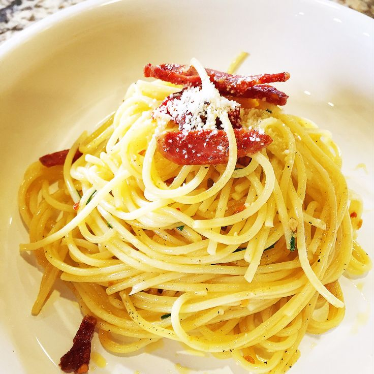 Pasta aioli with salami and sundried tomatoes