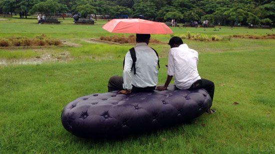 The water bench at Cross Maidan Park, Mumbai. Photos: MARS Architects