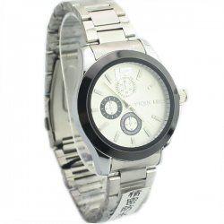 Le tableau blanc dribble modèle cadran bande de montre en acier