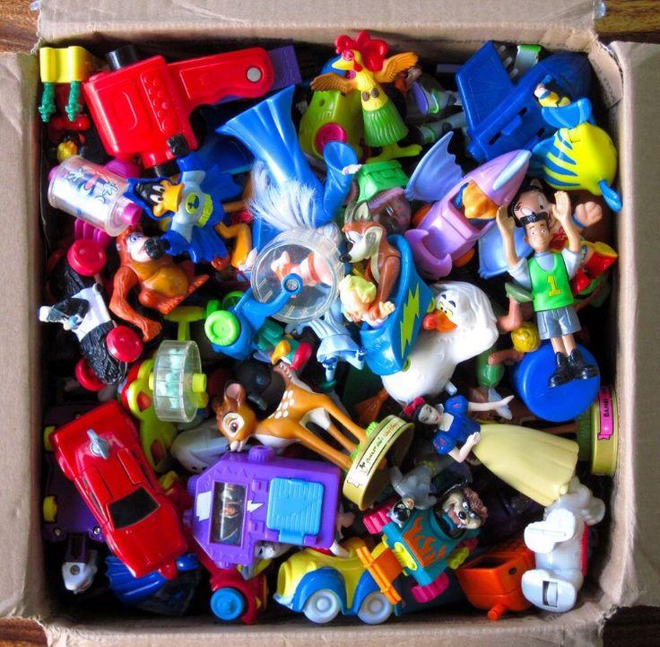 Arrume os brinquedos e separem alguns para doação. 50 atividades para crianças nas férias de verão | Mamãe Plugada