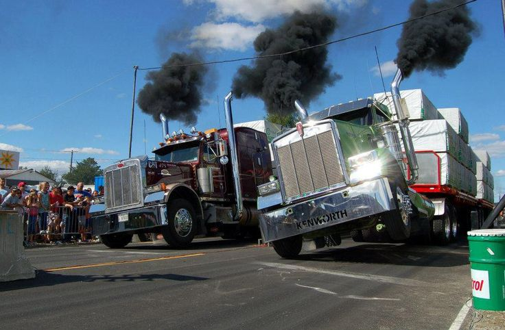 Truck Drag Racing In Québec Is Extreme