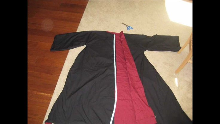 """her'es a link to the robe pattern i used: http://diyfashion.about.com/od/costumes/ss/gryffindor_robe.htm music provided by incompetech.com """"sneaky snitch"""""""