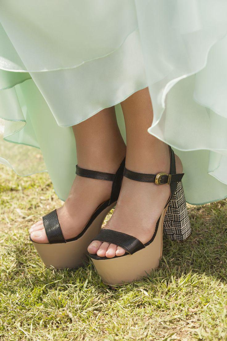 Vestido Nestor Marelli Zapatos Chavela Tacones
