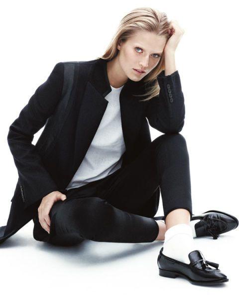Shape Of The Season In Black White Us Harper S Bazaar Fashion