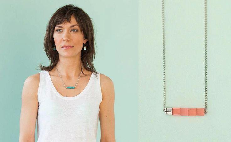 """""""SPOILER ALERT"""" On aime le minimalisme   Collier Minimal Cubique by Stella Bijoux par Isabel Desy $26,00 CAD"""