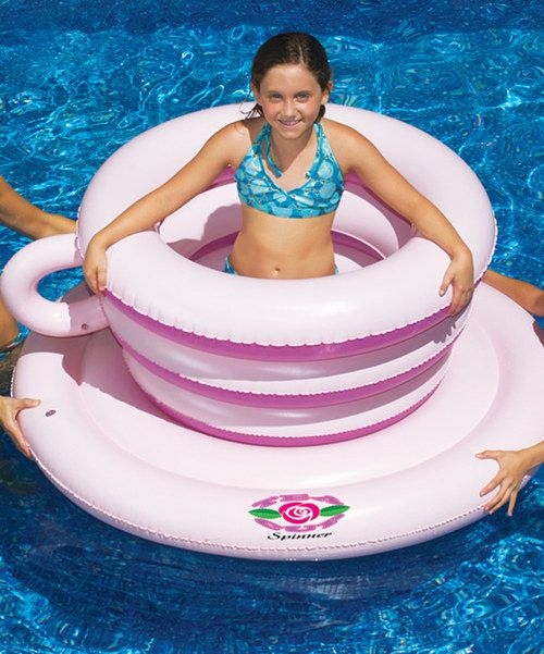 Little ones splish, splash and spin inside this twisty tea cup float. Constructed from durable, heavy-gauge vinyl and designed to turn like a theme-park ride, it's the perfect place to encourage active aquatic adventures.