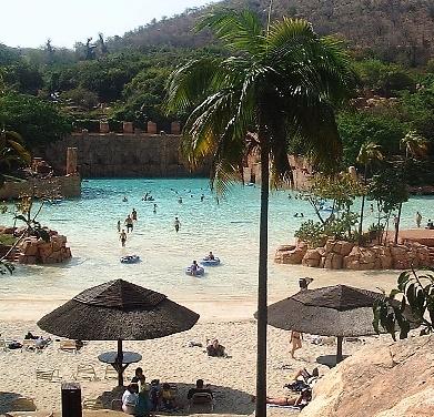 Google Image Result for http://photos.igougo.com/images/p47297-South_Africa-Sun_City.jpg