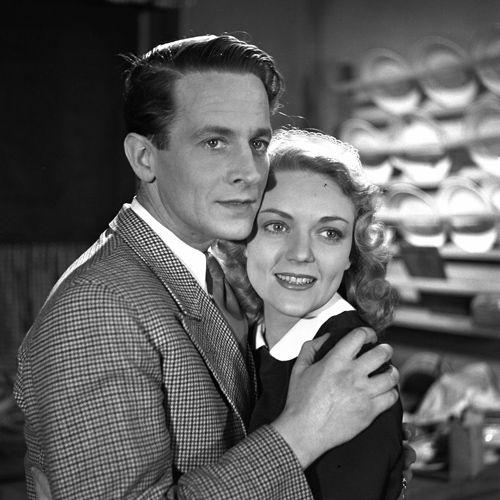Karl Gustav Ahlefeldt og Bodil Kjer, i Elly Petersen fra 1944.