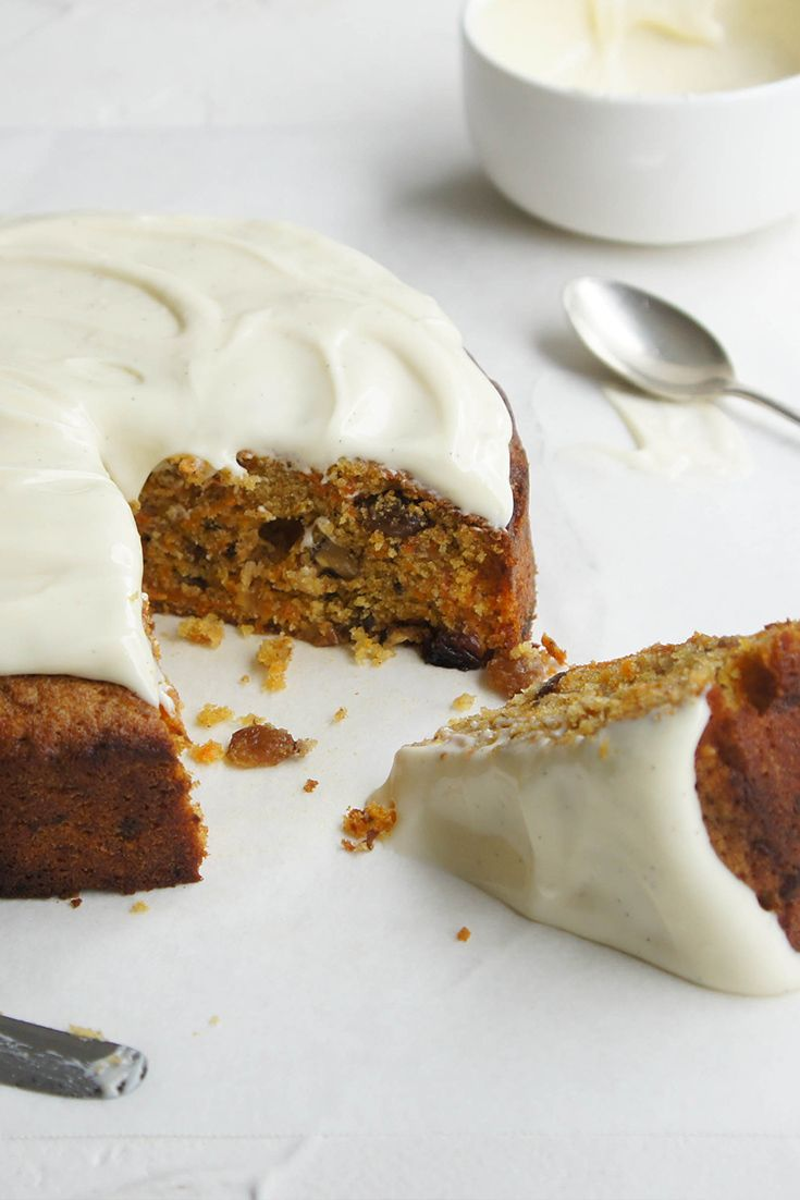 Jump on the gluten free train with this superb Glute-Free Carrot Cake by Bernice!