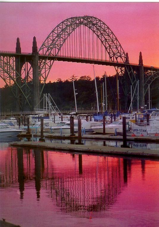 Yaquina Bay Bridge, Newport, Oregon.
