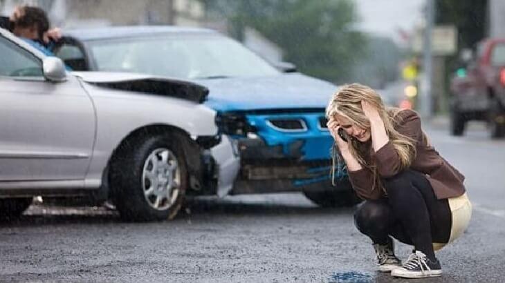 ما تفسير حلم موت شخص في حادث سيارة والبكاء علية تفسير ابن سيرين تفسير النابلسي تفسير حلم حادث سيارة حاد Car Accident Lawyer Car Insurance Accident Attorney