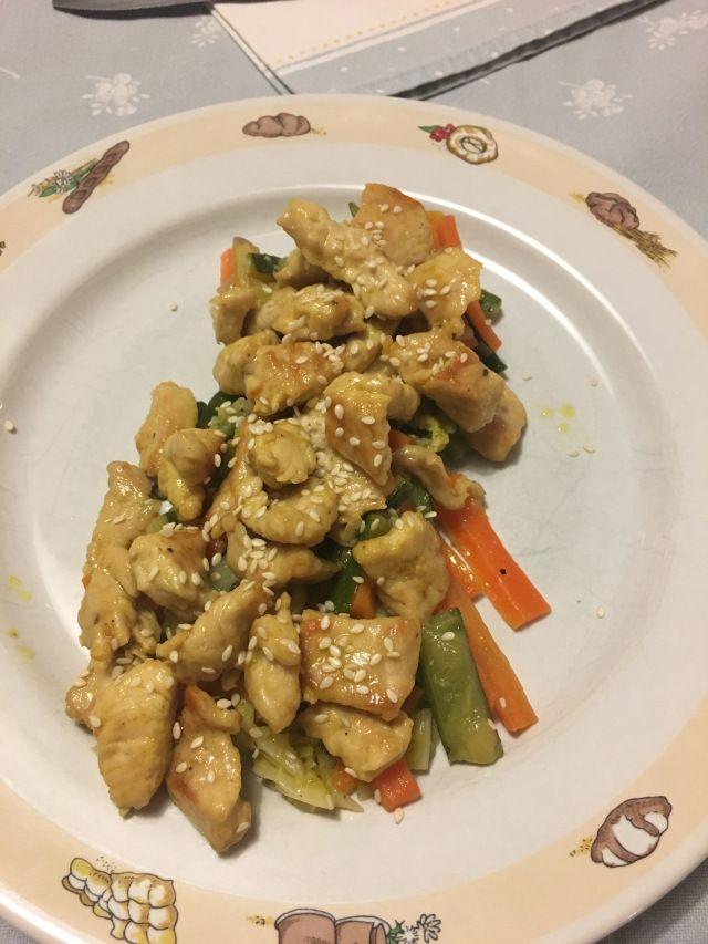 Pollo al curry con verdure croccanti – Curry chicken with crispy vegetables