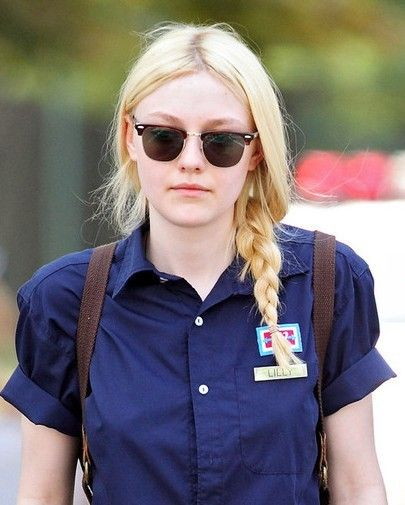 Dakota Fanning Braided Hairstyles:The dizzying brained manes are softly layered throughout the sides and back to lighten the edges. The blond inverted style is perfect for people with round face shapes. The long hairstyle is perfect for people with fine to medium hair and can be simply re-created with a blow-wave. Create various layers to …