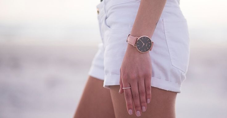 Our watch Fieri, in fashionable rose gold edition. Suitable for every outfit, elegant or sporty.
